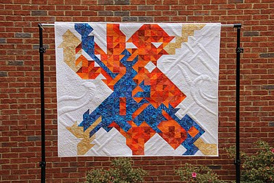 Pay Day Quilt completely free motion with stitch regulated APQS Millennium. Piecing by Sandy Panagos, quilting by Angela Huffman