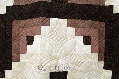 Log Cabin Quilt with longarm quilting