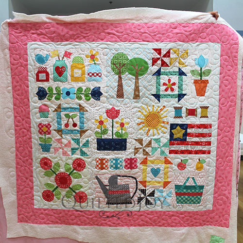 Colleen's Bee Happy Sampler Quilt by Lori Holt