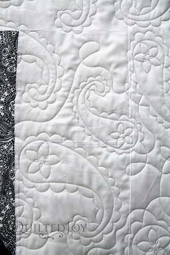 Deborah High Contrast Star Flower Quilt