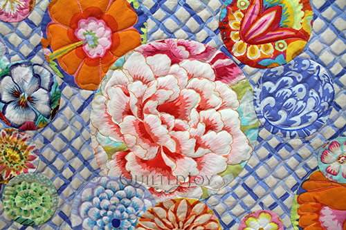 Kathy's Floral Applique Quilt, custom quilted by Angela Huffman of Quilted Joy