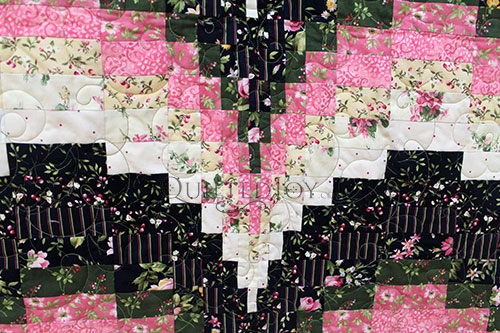 Kathleen's Bargello quilt, quilted by Angela Huffman of Quilted Joy