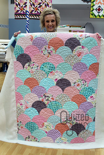 Longarm Machine Renters Show Off Three Ways To Quilt A Quilt