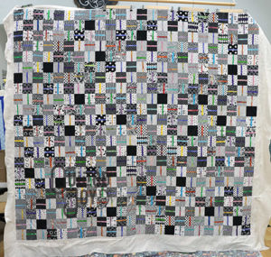 Ali's Split Easy Patch Quilt, longarm quilted by Quilted Joy